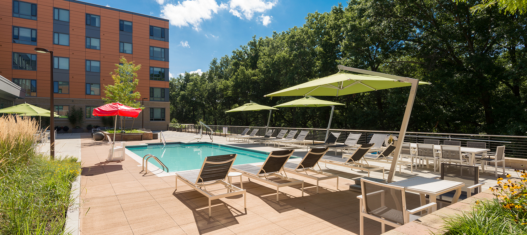 Bell Olmsted Park apartments pool